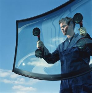 autoglass windshield replacement technician