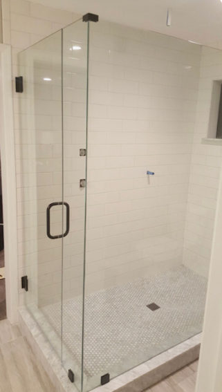 frameless shower door contractor picture